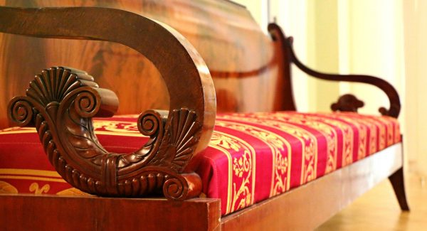sofa-1603928_1920